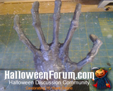 Cheap and easy Skeleton Hands