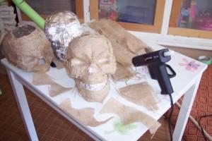 burlap-skulls-b4