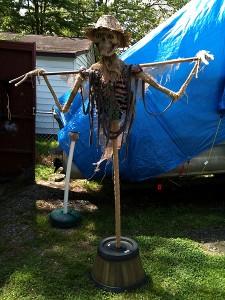 creepy-scarecrow-b6