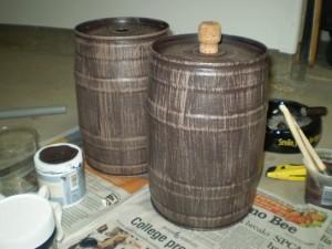 small-faux-wood-barrel-b3